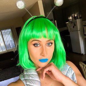 Green Costume Bob Wig